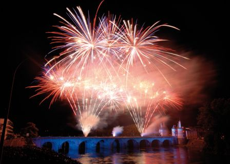 Feu_artifice-chatellerault.jpg