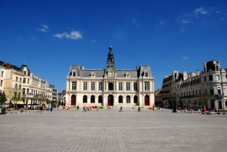 place_mare_chal_leclerc_poitiers.jpg