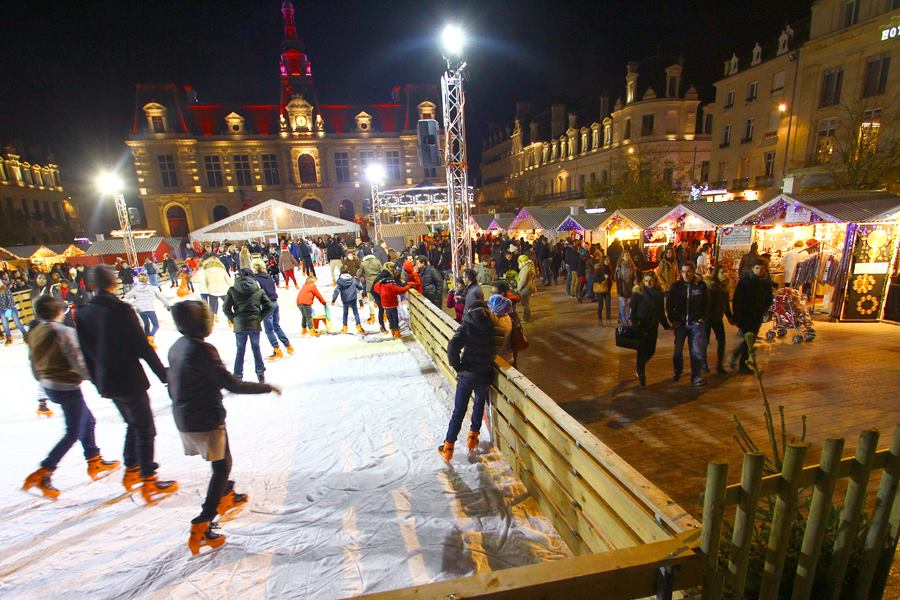 patinoire-poitiers-noel2014